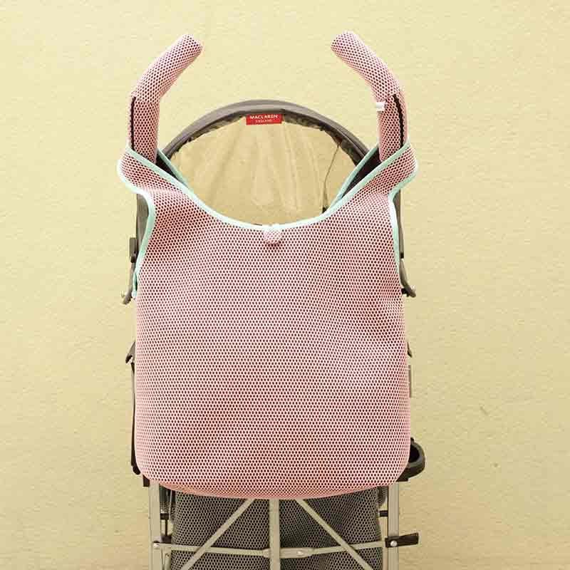 Bolso Camiseta rosa para silla de paseo tipo Maclaren confeccionado en tejido transpirable Brisa