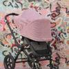 Capota Igloo transpirable rosa extendida con cremalleras abiertas