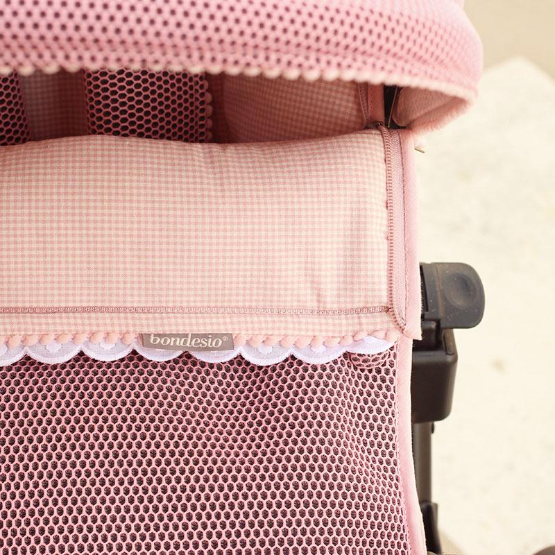 detalle de saco hecho a mano y personalizado con tejido Brisa por Bondesio para carricoche jane