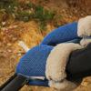 Guantes Brisa azul klein para carrito de bebe confeccionados por Bondesio