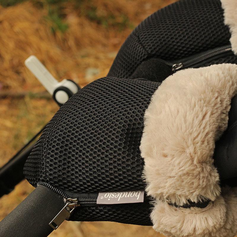 Guantes Brisa negros para carrito de bebe confeccionados por Bondesio