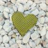 Pin corazón brisa amarillo de Bondesio