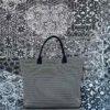 Hand Bag Brisa beige de Bondesio