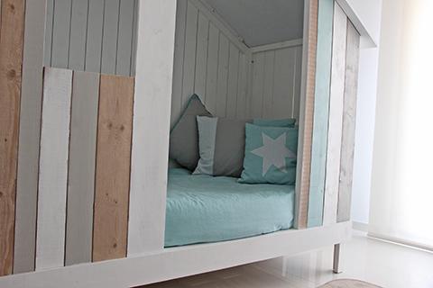 cama infantil blanca