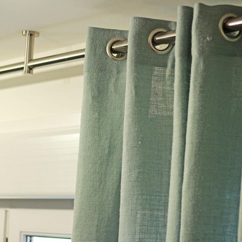 cortinas verdes onda fija confeccionadas por Bondesio en su taller