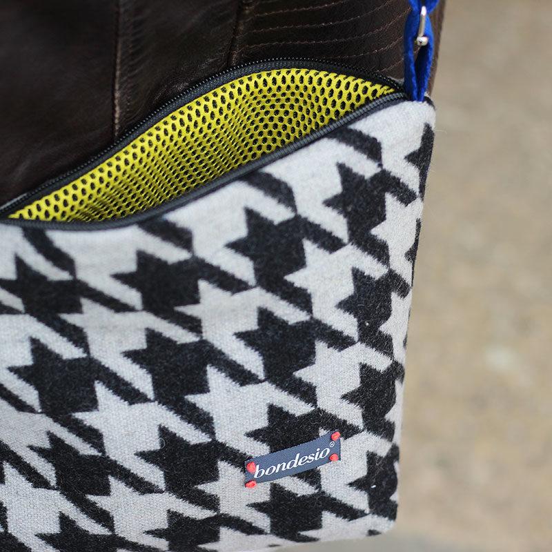 detalle bolso bandolera negro