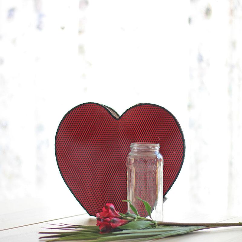 jarron corazon rojo