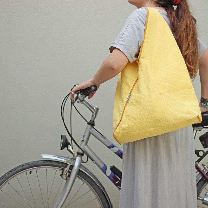 bolso tela amarillo