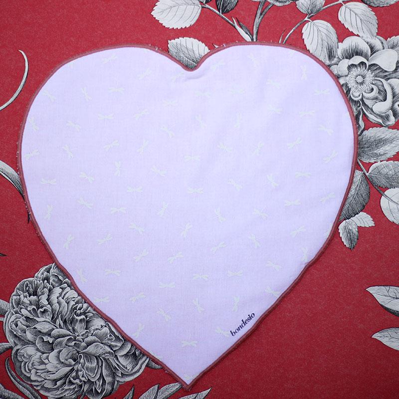 almohada plana corazón