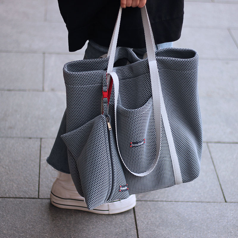 bolso de compra gris